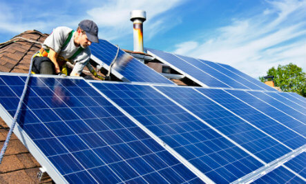Four Simple Steps on How to Clean Your Solar Panel at Home